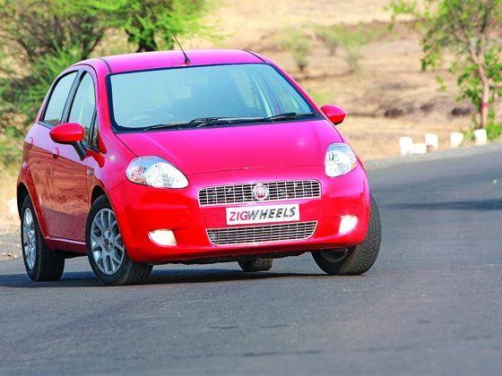 Fiat Grande Punto twin test: 1.3 Multijet & 1.4 FIRE - ZigWheels on fiat stilo, fiat barchetta, fiat seicento, fiat bravo, fiat 500 abarth, fiat x1/9, fiat 500 turbo, fiat ritmo, fiat linea, fiat panda, fiat multipla, fiat 500l, fiat cinquecento, fiat doblo, fiat marea, fiat cars, fiat coupe, fiat spider,