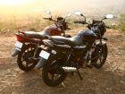 Comparo: Bajaj Discover 125 DTSi vs Honda CB Shine
