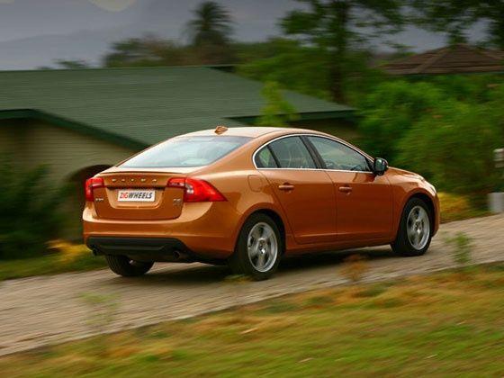Volvo S60: Road Test - ZigWheels