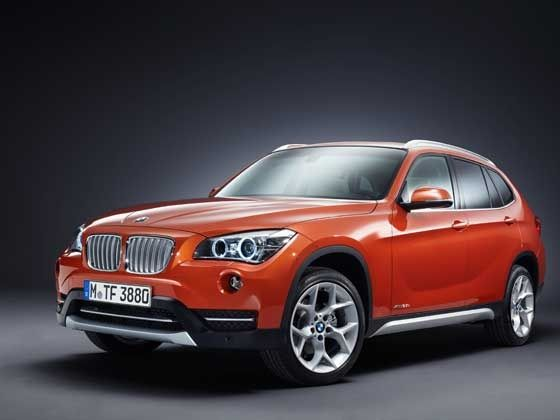 2013 BMW X1 front profile