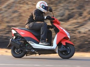 2012 Honda Dio : First Ride - ZigWheels