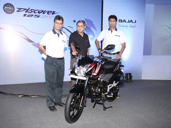 Bajaj launches Discover 125ST