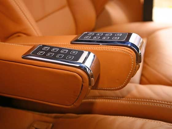 Great Mahindra XUV500 DC Lounge Controls For The Seat Position