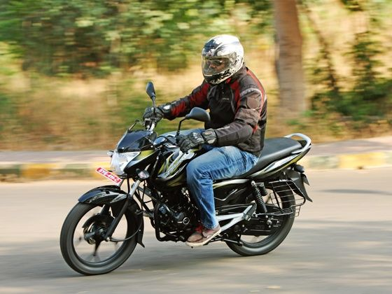 Bajaj Discover 100M action shot