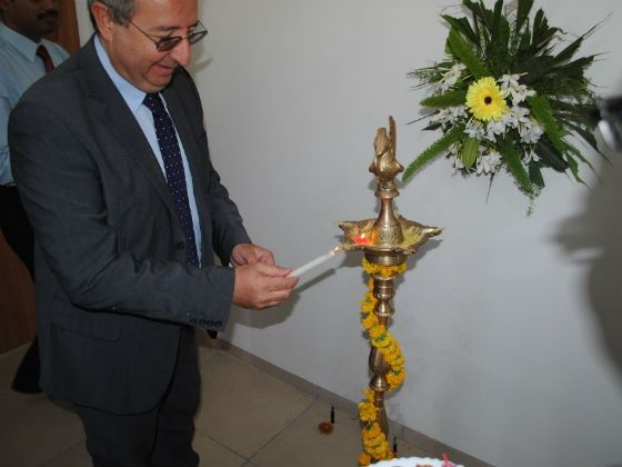 Enrico Antanasio, MD of Fiat Group India inaugurating the centre