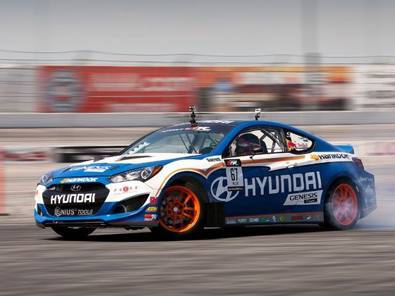 Hyundai Genesis Coupe racing car