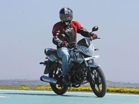 Mahindra Pantero ride