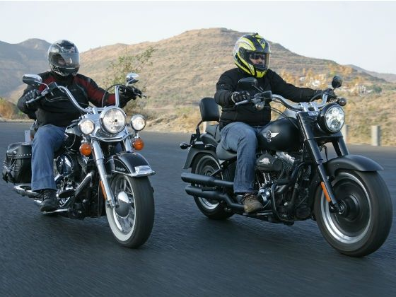 Harley-Davidson Fatboy Special and Softail Heritage in action