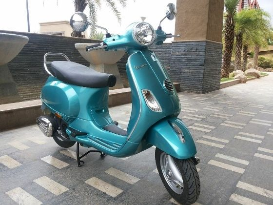 Vespa VX in new blue shade