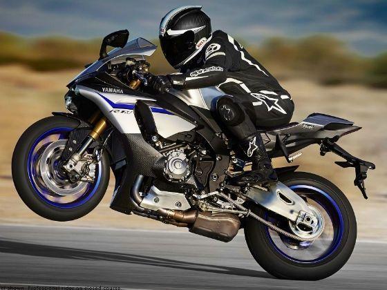 2015 Yamaha R1M