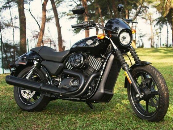 Harley-Davidson Street 750 side shot