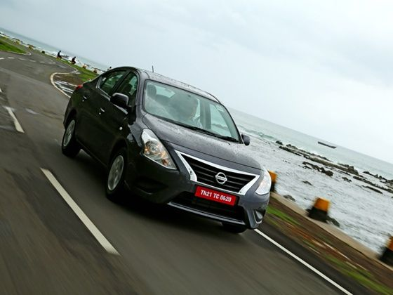 2014 Nissan Sunny action shot