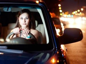 Women's Day 2014: Top 5 driving tips for women