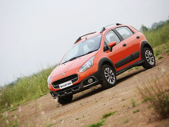 Fiat Avventura Petrol India Review front angle