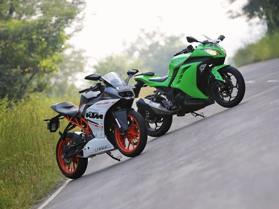 KTM RC 390 vs Kawasaki Ninja 300 Comparison Review - ZigWheels