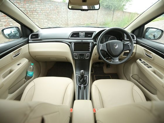 maruti suzuki ciaz detailed review zigwheels. Black Bedroom Furniture Sets. Home Design Ideas