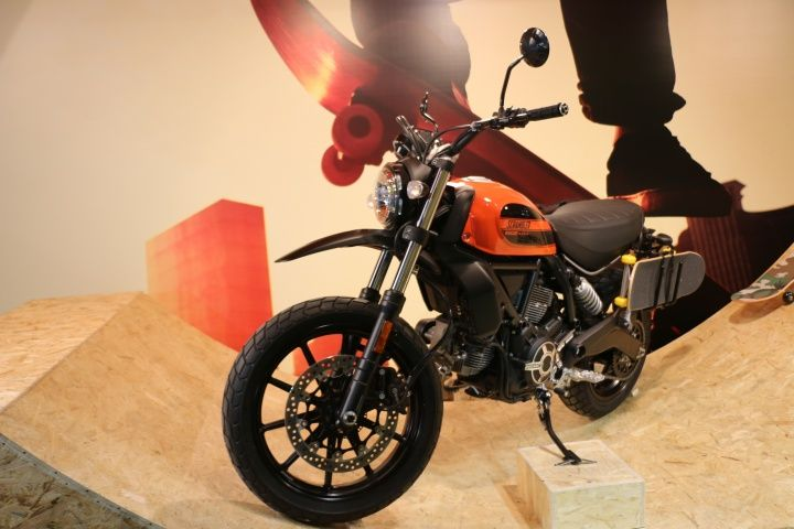 Ducati Scrambler Sixty2 Pricing Isn T Happy News For Indian Bikers