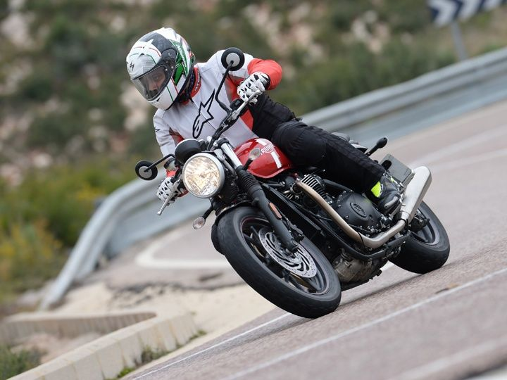 Triumph Bonneville Street Twin review