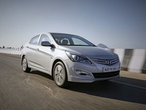Hyundai Verna Vtvt 1 6 E Price In India Specification Features