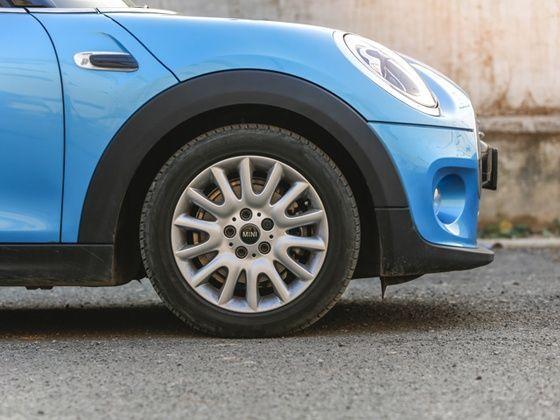 2015 Mini Cooper Diesel 5 Door Hatchback Review Zigwheels