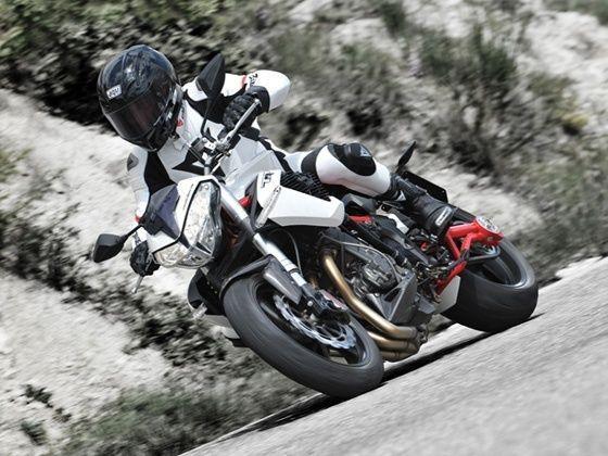 Bikes of 2015 1000cc and above zigwheels benelli tnt 1130r altavistaventures Image collections