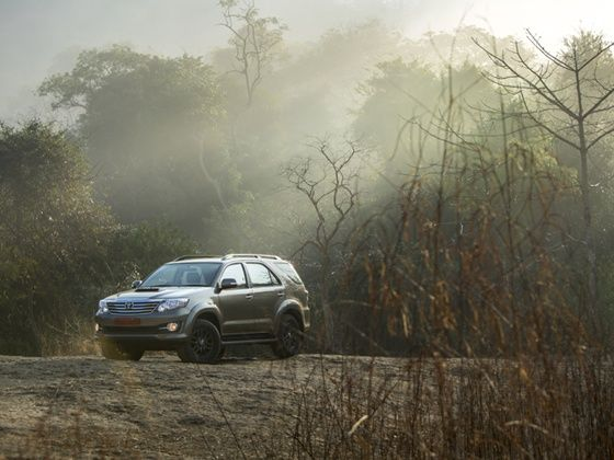 Toyota Fortuner AWD automatic review photo