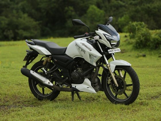 tvs apache rtr 180 abs 3 000km long term review zigwheels