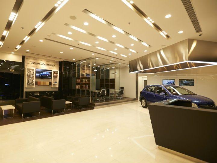 Maruti Suzuki Launches Nexa Premium Showrooms Zigwheels
