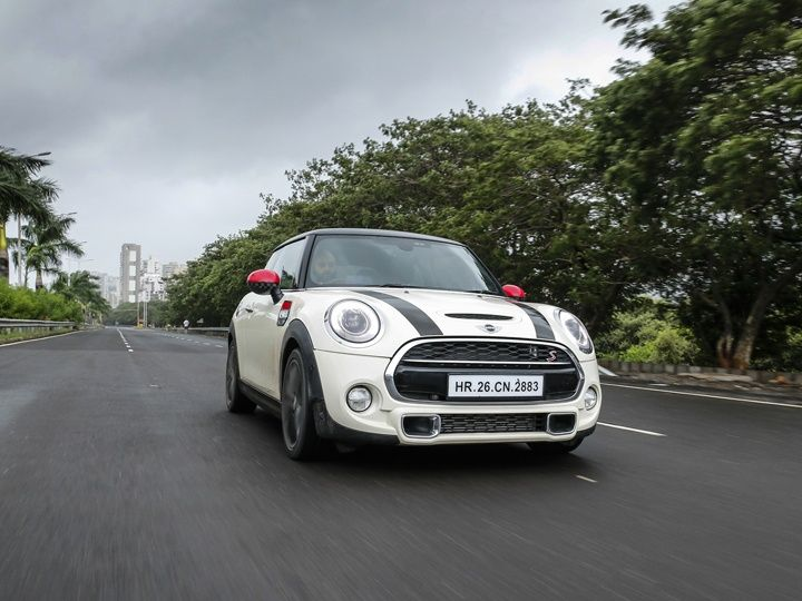 Mini Cooper S front tracking