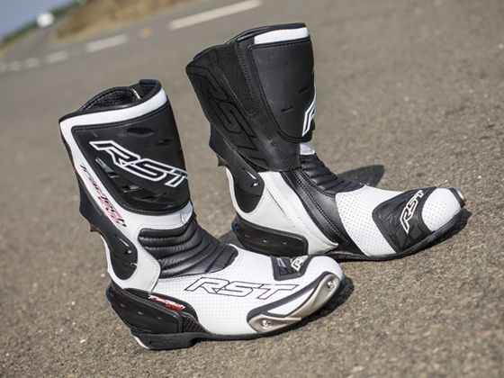 RST Tractech Evo riding boots review - ZigWheels