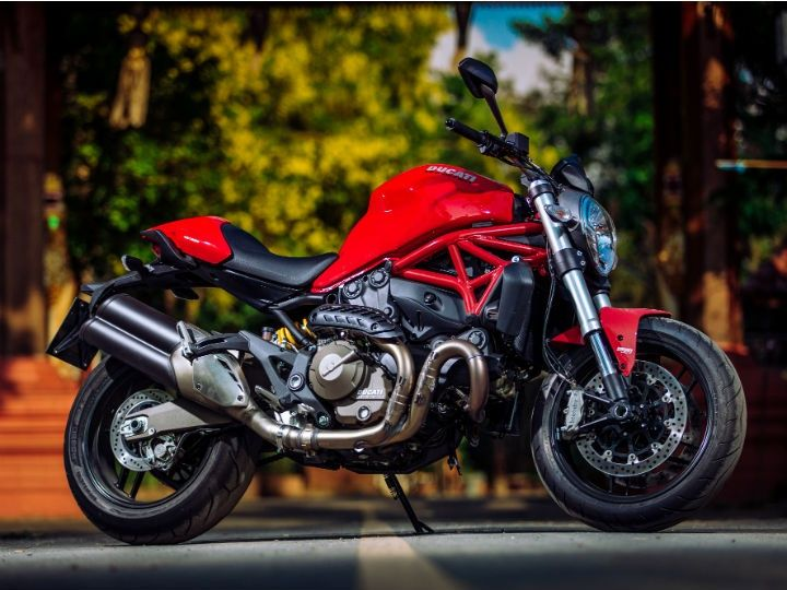 2015 ducati monster 821 7 must know facts zigwheels. Black Bedroom Furniture Sets. Home Design Ideas