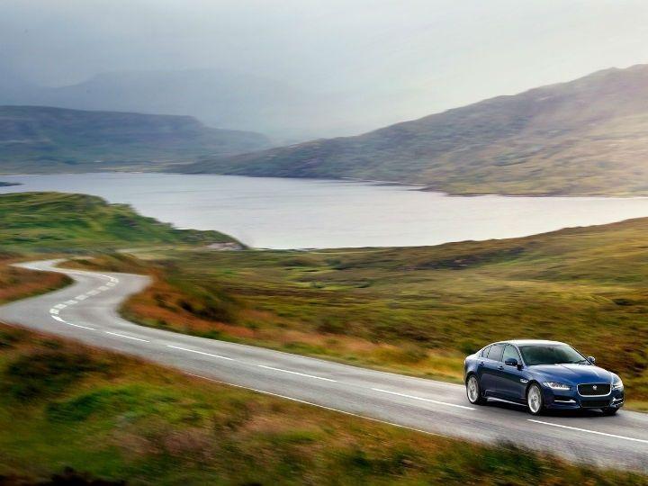 2016 Jaguar XE in action