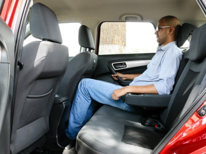 Maruti Suzuki Vitara Brezza Vs Ford Ecosport Comparison