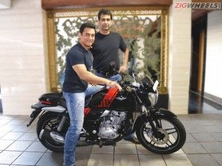 Aamir Khan Plays Patriot; Buys INS Vikrant-Tribute Bajaj V15