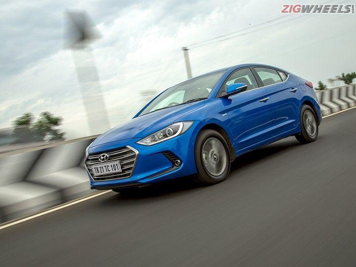 Hyundai Elantra : Action Pic