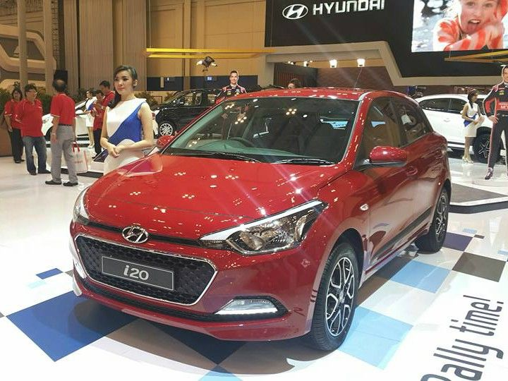 hyundai i20 automatic launched in indonesia zigwheels. Black Bedroom Furniture Sets. Home Design Ideas