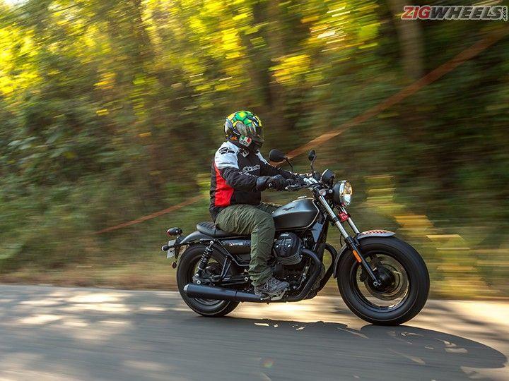 Moto Guzzi V9 Bobber Action