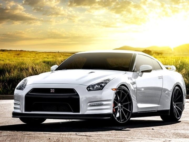 2016 auto expo nissan gt r showcased in india zigwheels. Black Bedroom Furniture Sets. Home Design Ideas