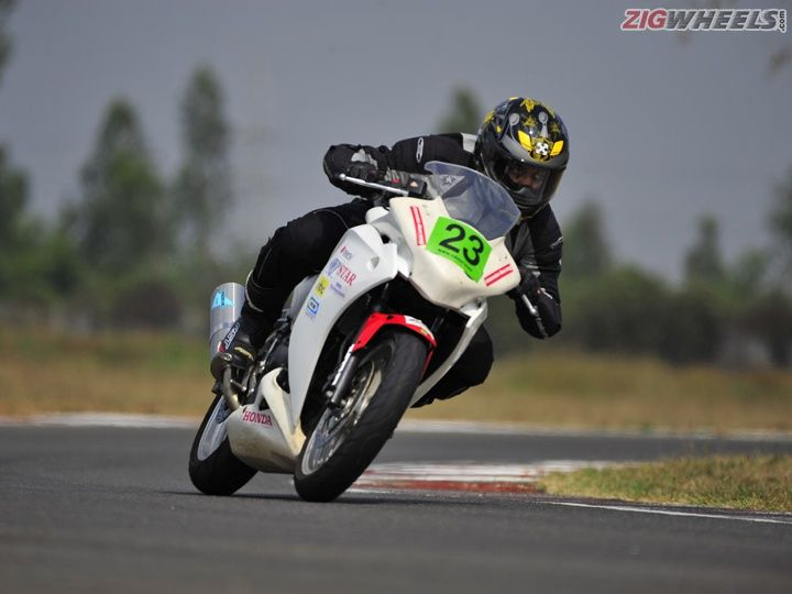 2016 California Superbike School trains hundreds of riders in India