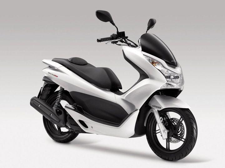 2016 Auto Expo: Honda PCX 150 to make India debut - ZigWheels