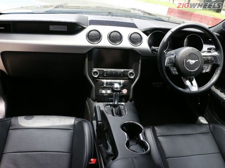 Ford Mustang Gt Interiors
