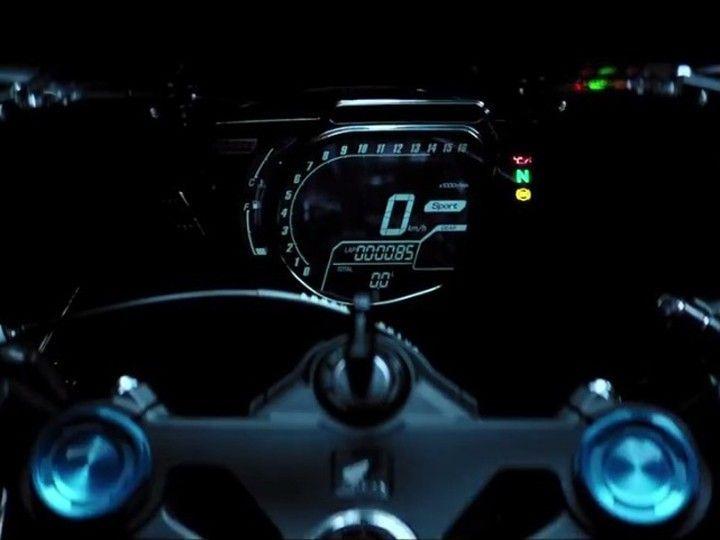 Honda CBR250RR console