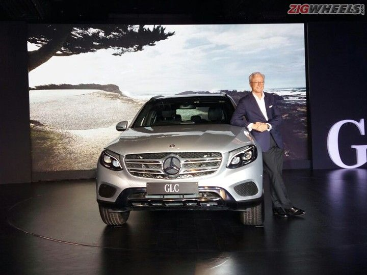 Mercedes benz glc launched at rs 50 7 lakh zigwheels for Garage mercedes gap