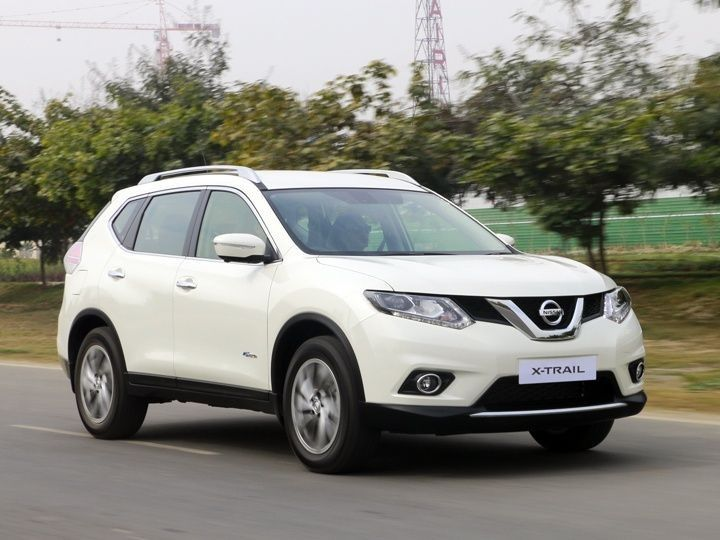 New Nissan X-Trail - Front