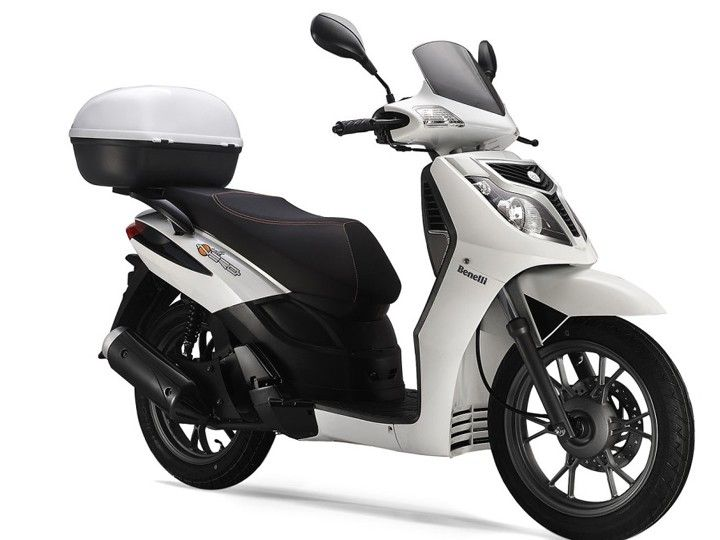Benelli Caffenero 150 scooter spotted testing in India