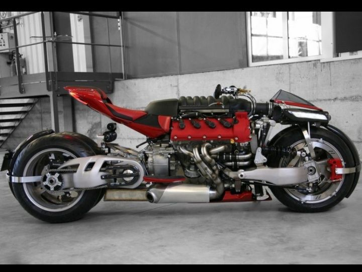 Meet the Lazareth LM 847, a tilting 4-wheel motorcycle with
