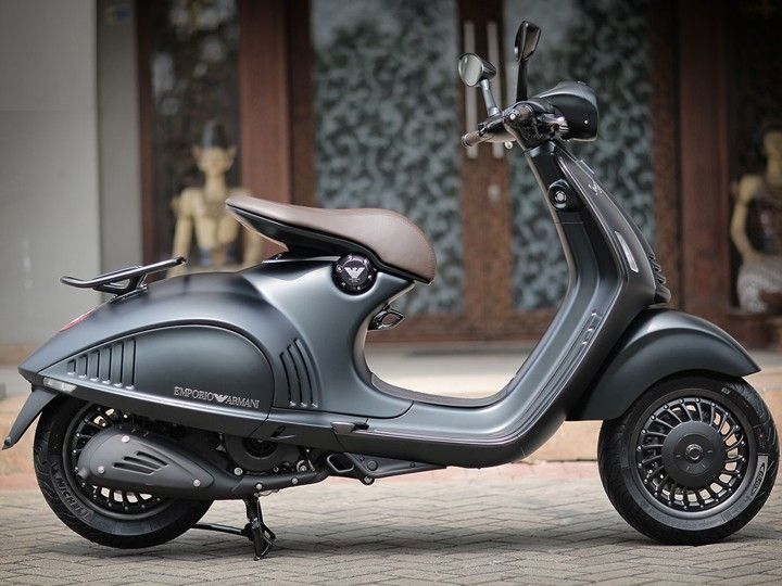 look for cheap for sale offer discounts Vespa 946 Emporio Armani edition launching on November 15 ...
