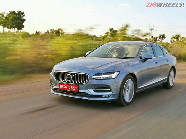 Volvo S90: Front Three Quarters Action Pic
