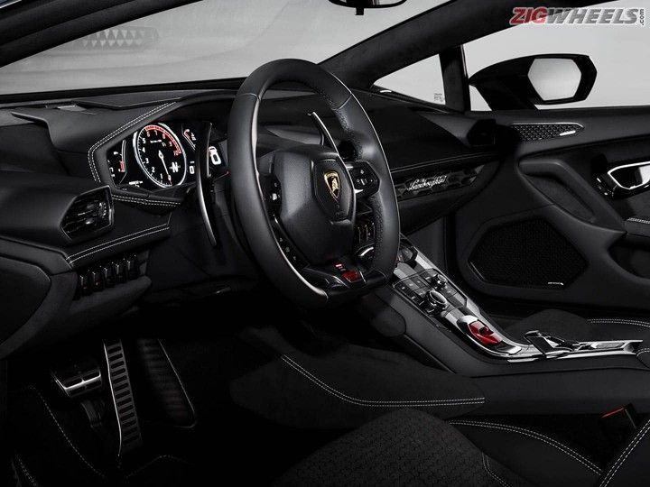 Lamborghini Huracan Interior India