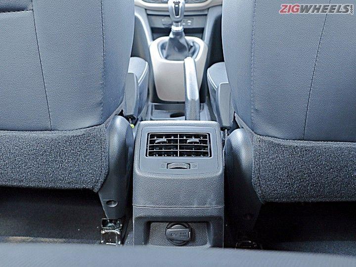 Maruti Ignis Vs Hyundai Grand I10 Diesel Comparo Zigwheels